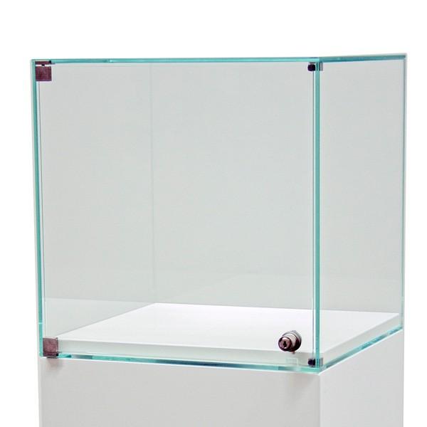 Glassmonter med dør