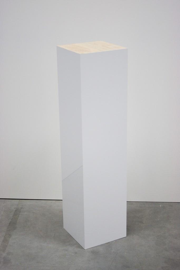 Pidestall Høyglans med eiketopp